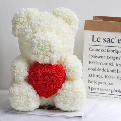 Rosenbär-aus-weißen-Rosen-mit-rotem-Herzen-40cm
