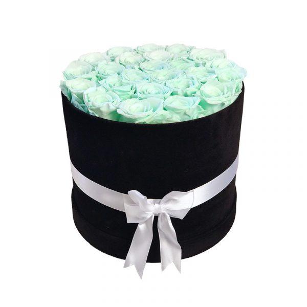 Lang-anhaltender-Strauß-aus-25-Rosen-Mintgrün-in-schwarzer-Veloursbox
